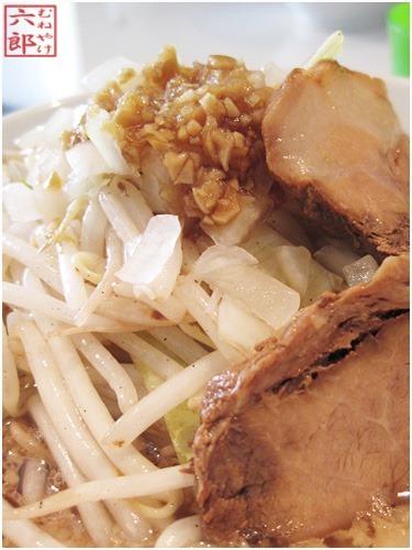麺酒場-まがり-葛西店-謙二郎らぁ麺-炒め野菜